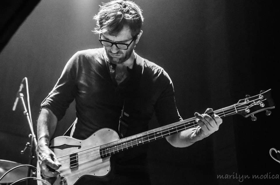 Foes, bassiste de Rhénan